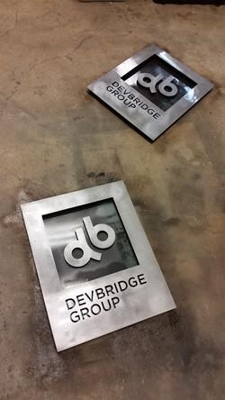 DG signs