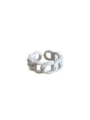 """White Chain"" Ring"