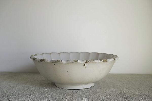 moustier_bowl_1.jpg