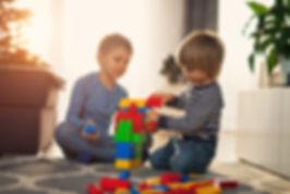 Dziecko, zabawa, zabawy z rozumem, zajęci dla dzieci, kids up, centrum kids up, rozwój dziecka, edukacja dziecka, ursynów, warsawa, psycholog,  przeździecka, logoped,