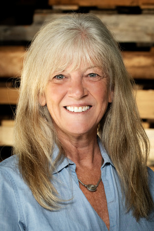 Julie Dinkins