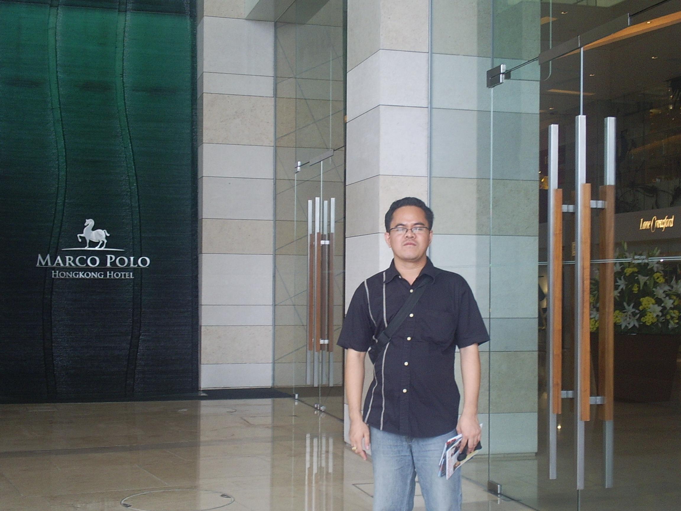 hotel entrance - marco polo