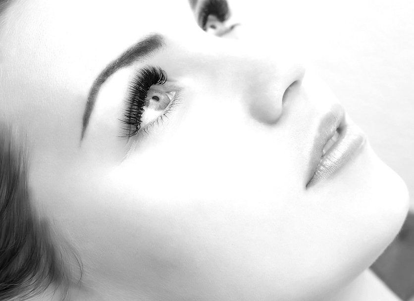 Eyelashes extensions, εξτένσιον βλεφαρίδων από το Studio Lashionista