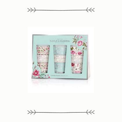 Baylis and Harding Royale Garden Hand Cream Set