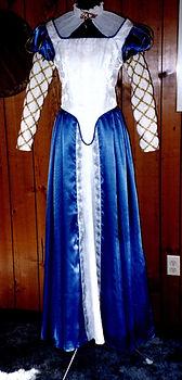 Renaissance Costume 2.jpg