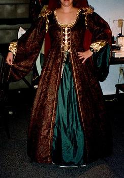 Renaissance Costume 1.jpg