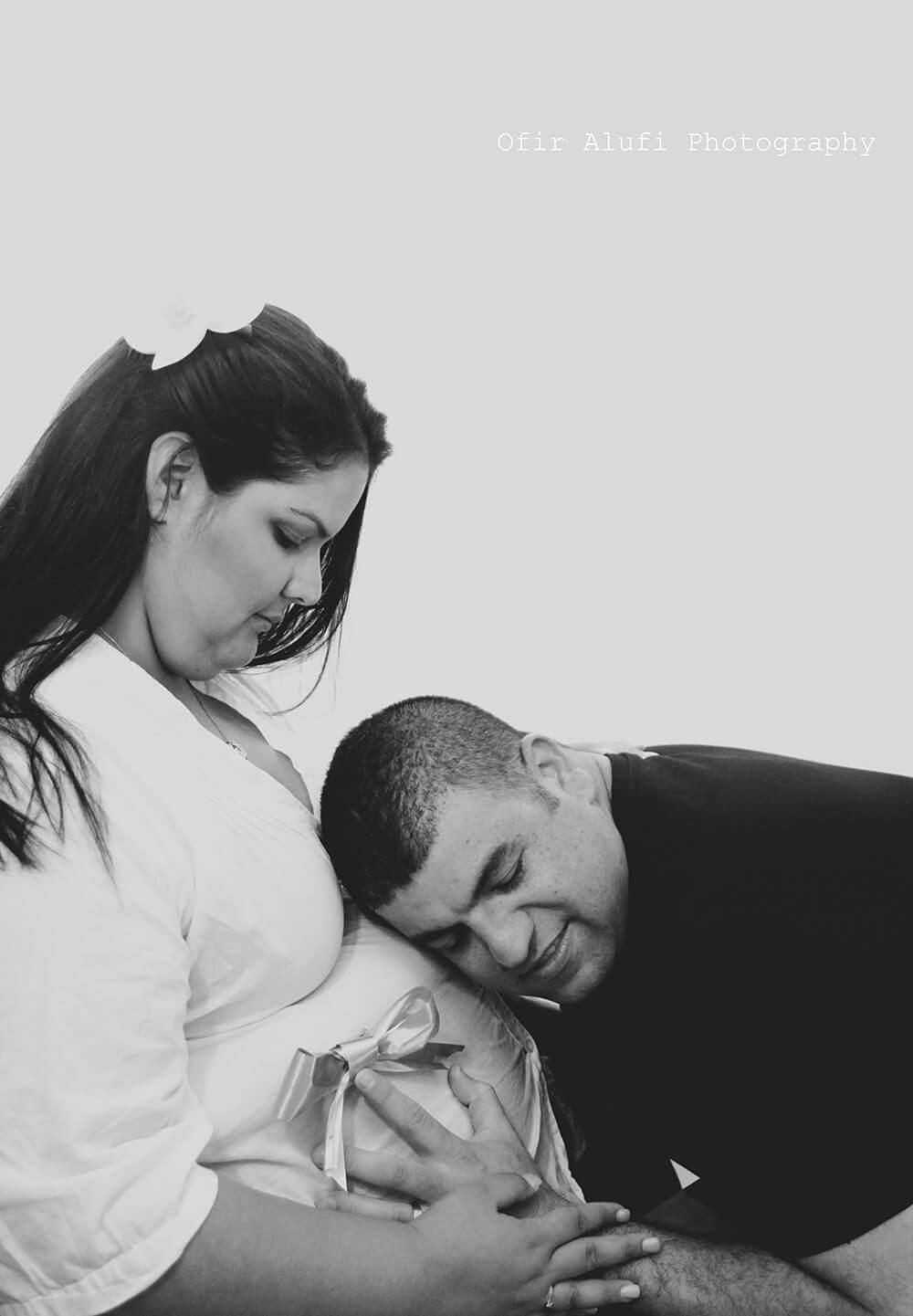 תמונות הריון בסטודיו | Ofir Alufi