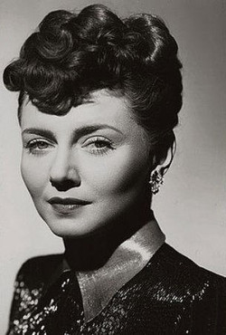 1940s_hairstyle_19
