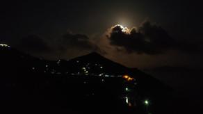 Le conseguenze della luna piena. The consequences of the full moon.