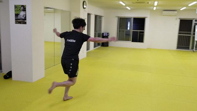 体操ができるキックボクサー