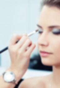Kosmetikerin-Gehalt.jpg