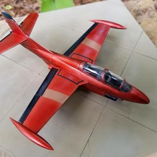 April Model-90.jpg