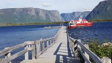 峽灣遊輪上的「停船暫借問」