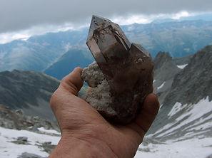 Mineralien und Kristalle einzigartig in der Schweizerbergkristalle Ausstellung in Mörel