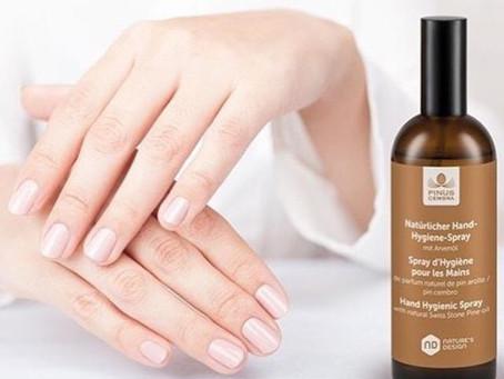 Natürlicher Hand-Hygiene-Spray mit Arvenöl und Rosenwasser