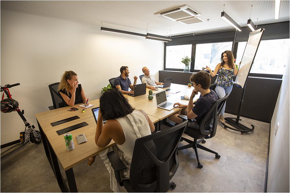 חדרי משרד - הכל כלול