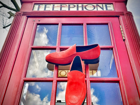 LONDON CALLING - Mark Schwartz Mens Shoes. Chip Loafer in red suede.
