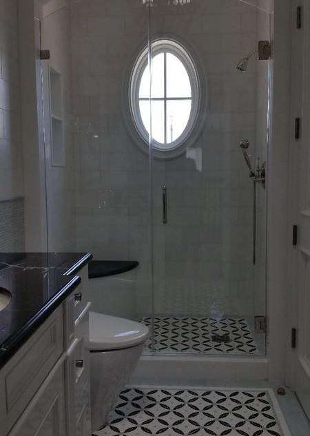 024 glass shower doors .jpg