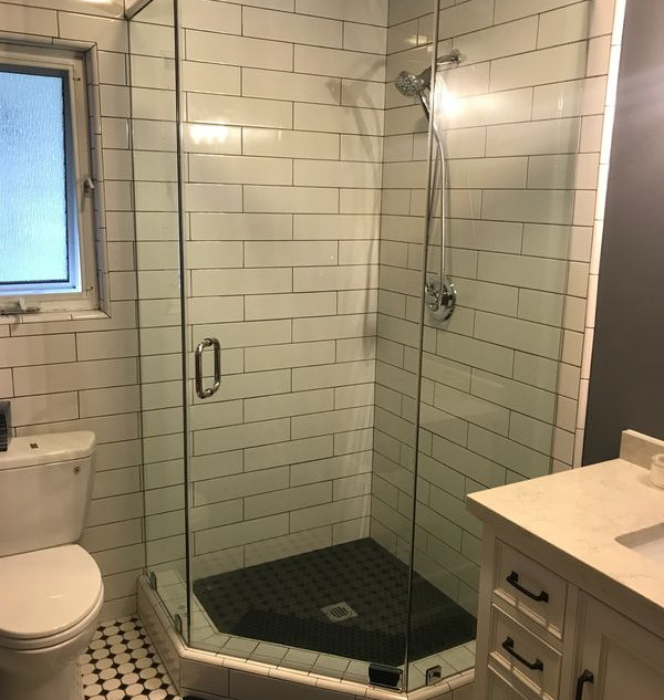 014 glass shower doors .jpg
