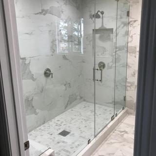 007 glass shower doors .jpg
