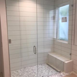 010 glass shower doors .jpg