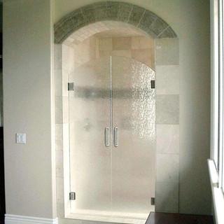 022 glass shower doors .jpg