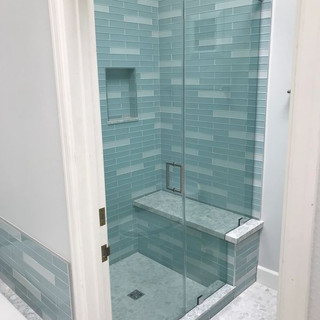 005 glass shower doors .jpg