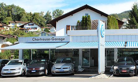 chartreuse_garage.jpg