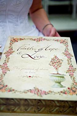 Website pic book