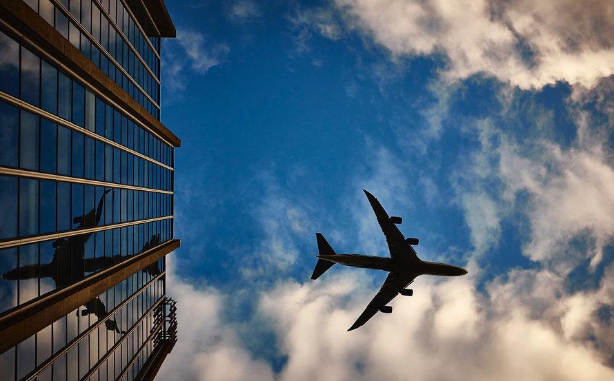 airport_airplane-airport-flying-9482.jpg