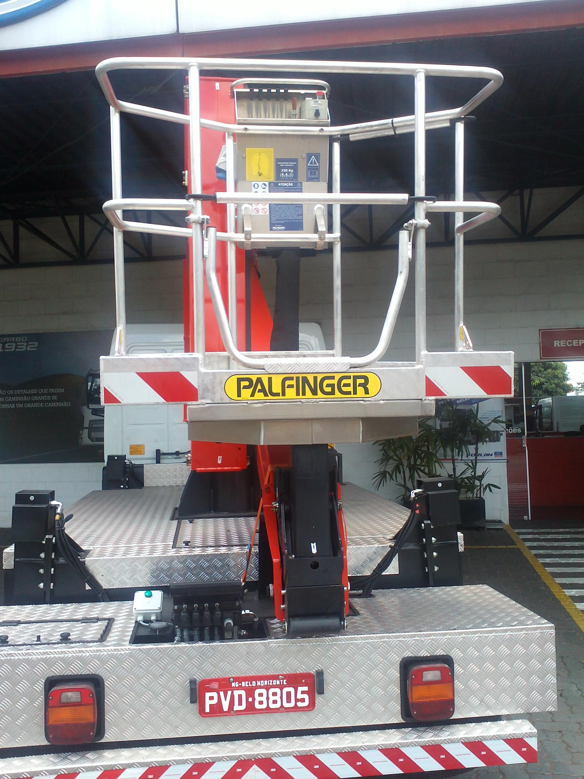 Plataforma Elevatória P200A