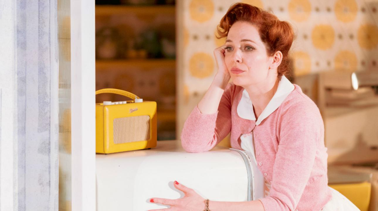 183_katherine_parkinson_as_judy_in_home_