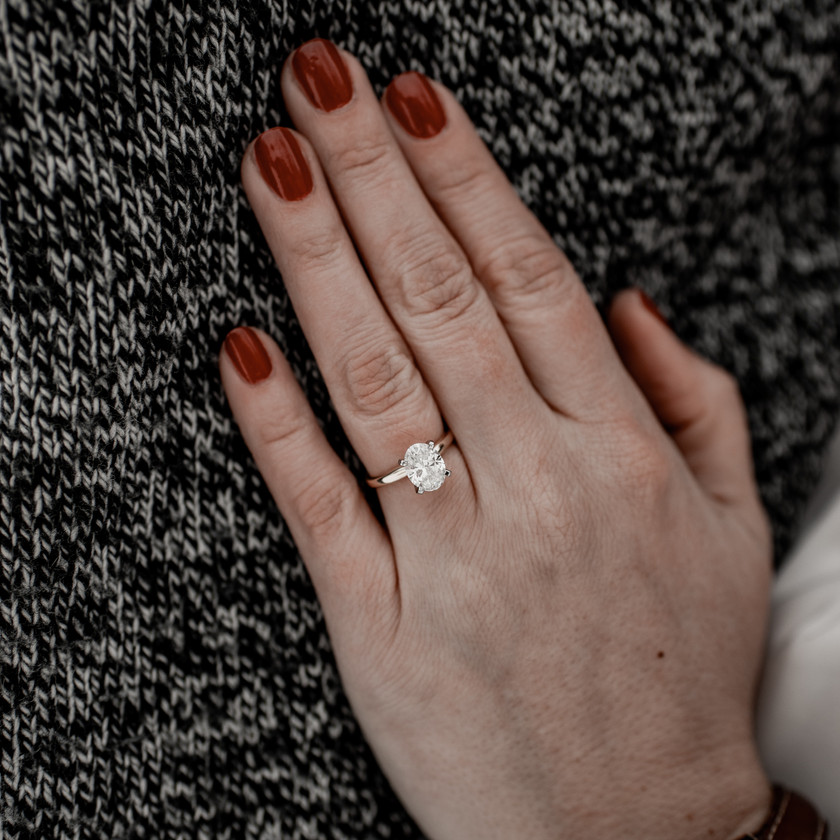 Engagement ring photo in Troy NY