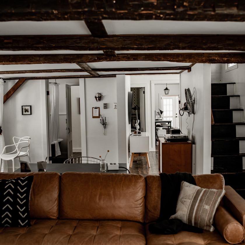 Warner's Camp in Lake Placid, cozy living room