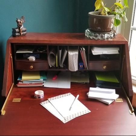Secretary desk for letter writing