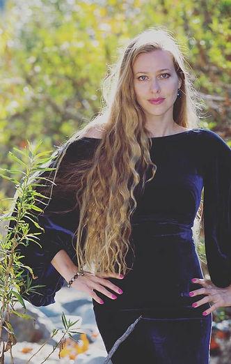 Katarzyna Sadej Mezzo-Sopran.jpg