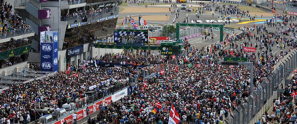 lemans-crowd_edited.jpg
