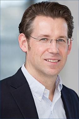 Portrait Dr. Torsten Wingenter.jpg