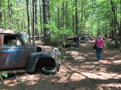 Car graveyard's more like it at Georgia's Old Car City