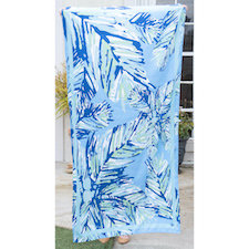 Panama Microfiber Beach Towel in Aruba Blue