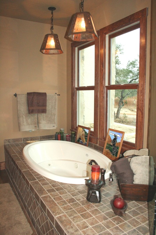 Pierce Bathtub
