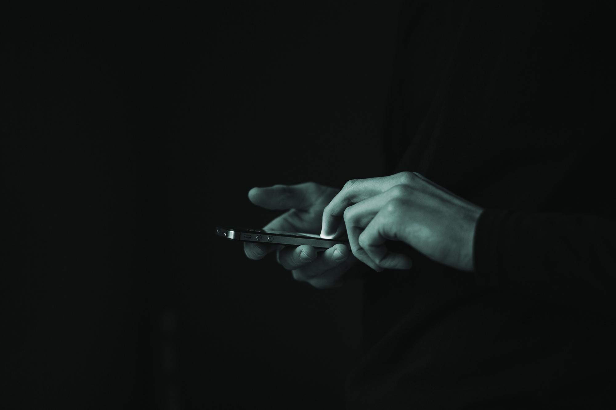 hands_mobil_cantea