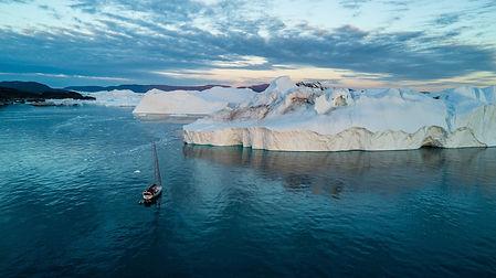 voilier iceberg.jpg
