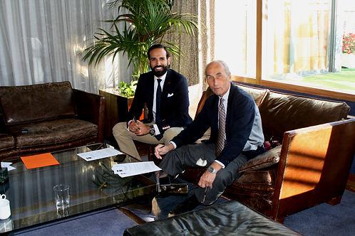 Ricardo Riera Arias de Castro y César Fernández de la Peña durante la firma del convenio