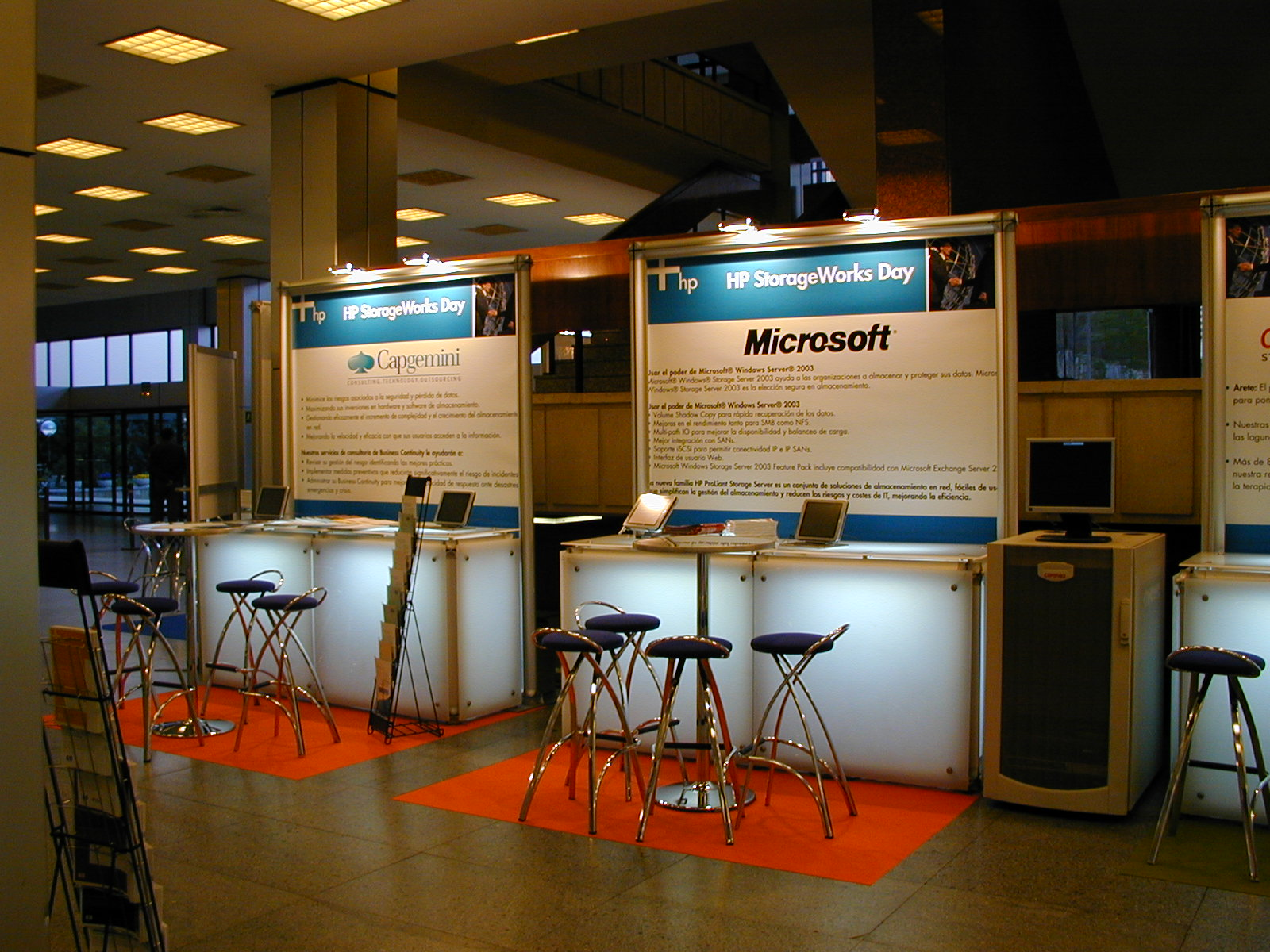 Stand-Modulares-Microsoft-Di&P