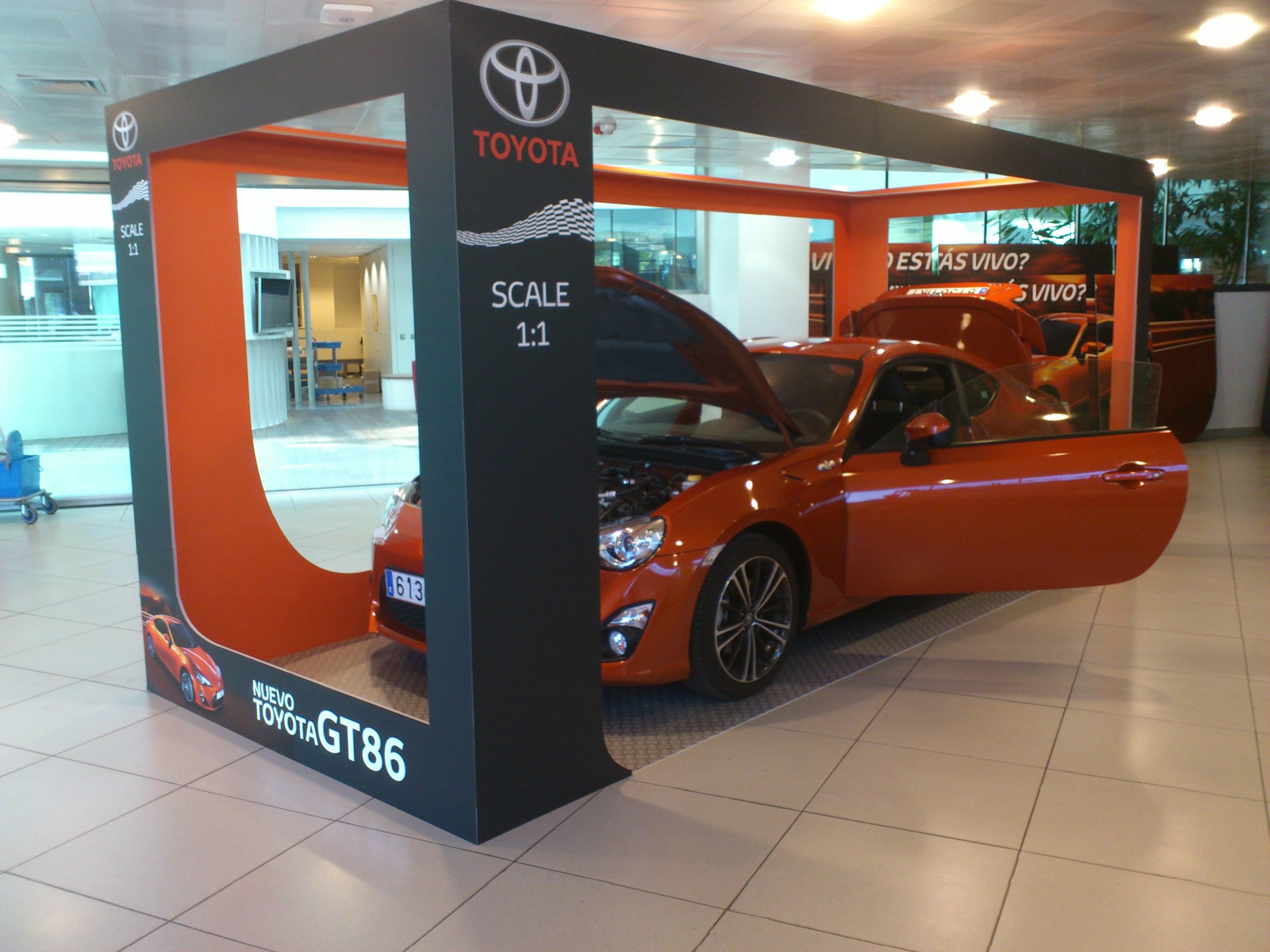 Diseño-Comercial-Toyota-Di&P-Madrid