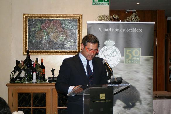 Jaime Fernández Gasset da lectura al acta del Jurado de los Premios del Real Club de Monteros (Fotografía: Santiago Segovia Pérez)