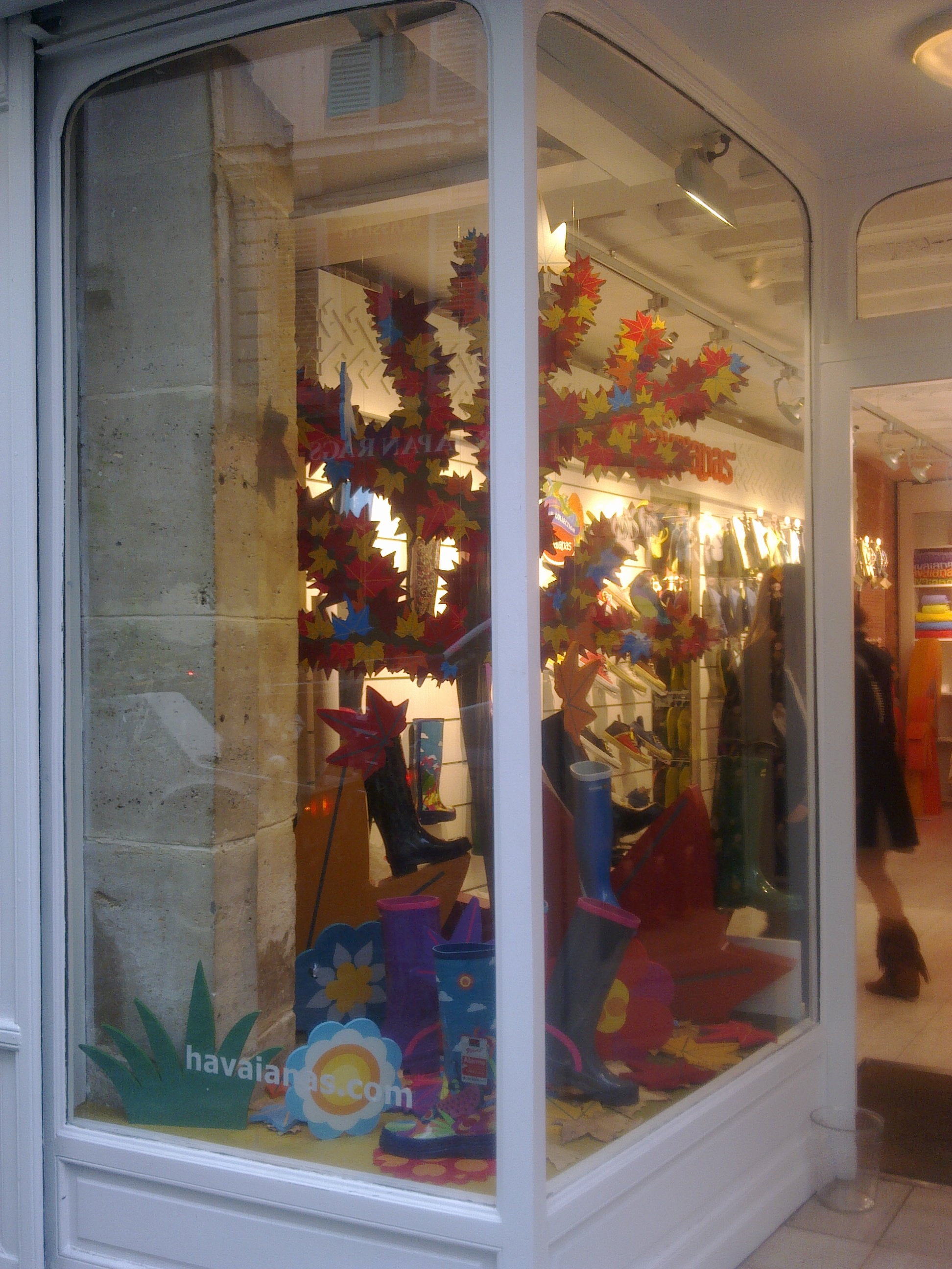 IC Escaparate Havaianas Paris (11).jpg