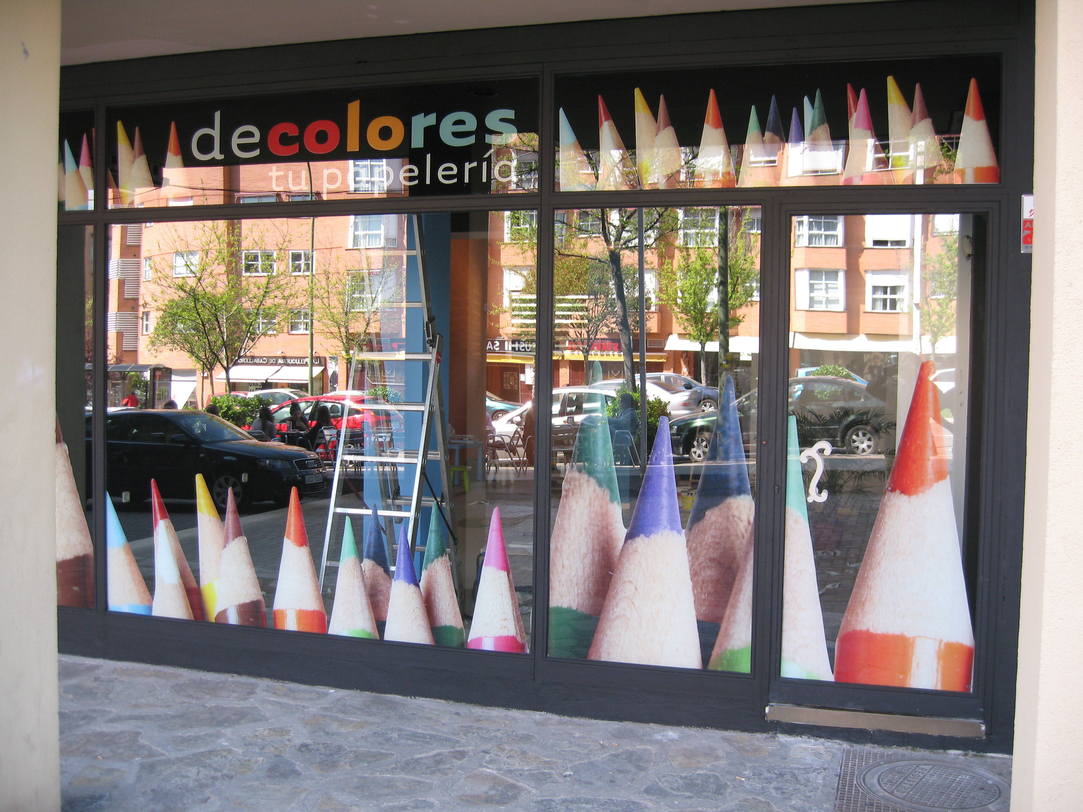IC Escaparate De Colores.JPG