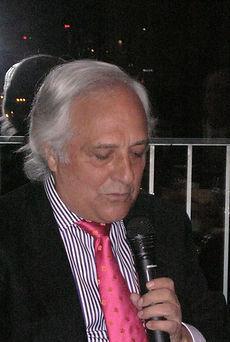 Raúl de Pozo pronuncia unas palabras explicando cuales son sus sentimientos al recibir este galardón (Fotografía: José María García Medina)
